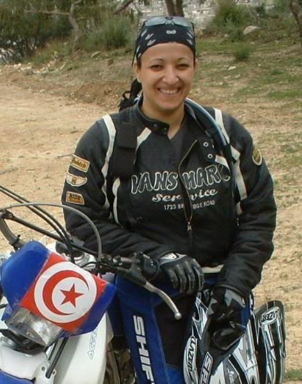hamida seklaoui premiere femme arabe maghrebine pilote de rallye a moto 6. Black Bedroom Furniture Sets. Home Design Ideas